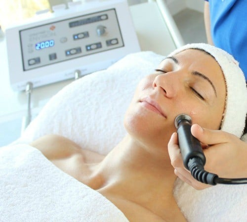 facials Birmingham by the beauty room Birmingham using caci and environ